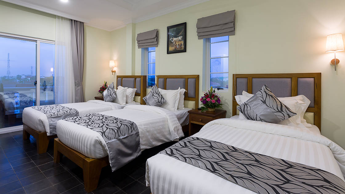 100% authentic 8304e a63f7 Deluxe Triple with City View - Grand Bayon Siem Reap Hotel